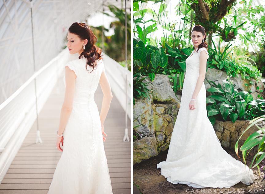 9 Oklahoma City Myriad Gardens Crystal Bridge Bridal Portraits Wedding Photographers